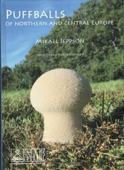 Puffballs of northern and central Europe (2018)-Mikael Jeppson
